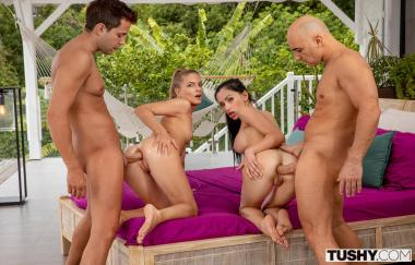 Cayenne Klein, Sasha Rose, Christian Clay, Alberto Blanco – Domino (Tushy)