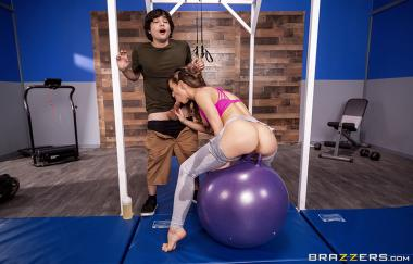 Cherie Deville, Ricky Spanisch – Cumplimentary Training Session – Brazzers Exxtra (Brazzers)