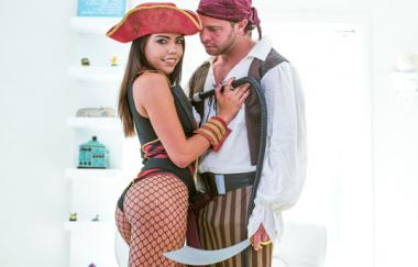 Rachel Rivers, Seth Gamble – Piratenleben (EroticaX)